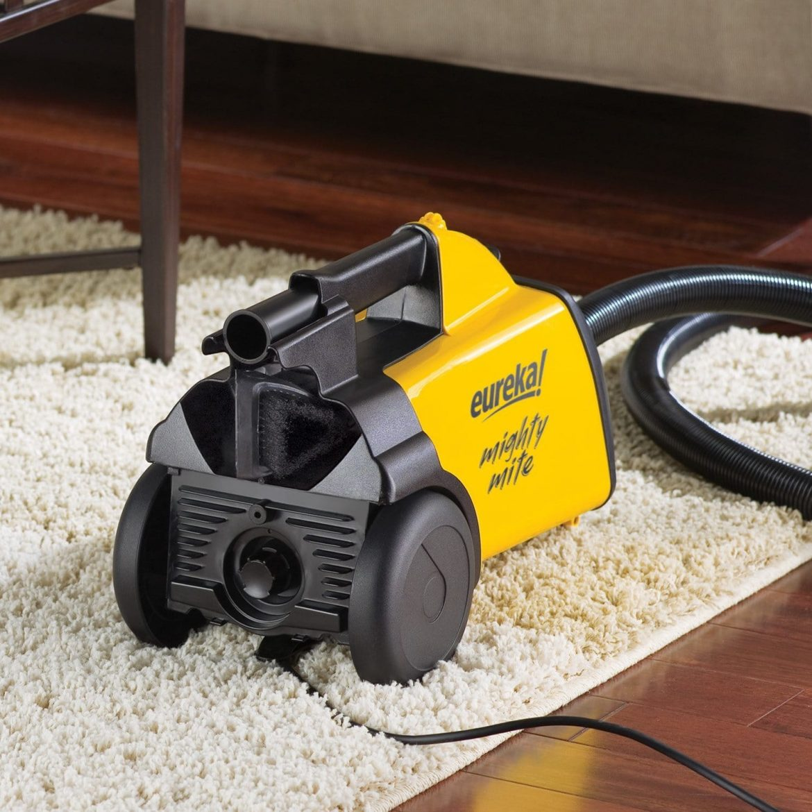 Eureka 3670G Boss Mighty Mite Canister Vacuum Review